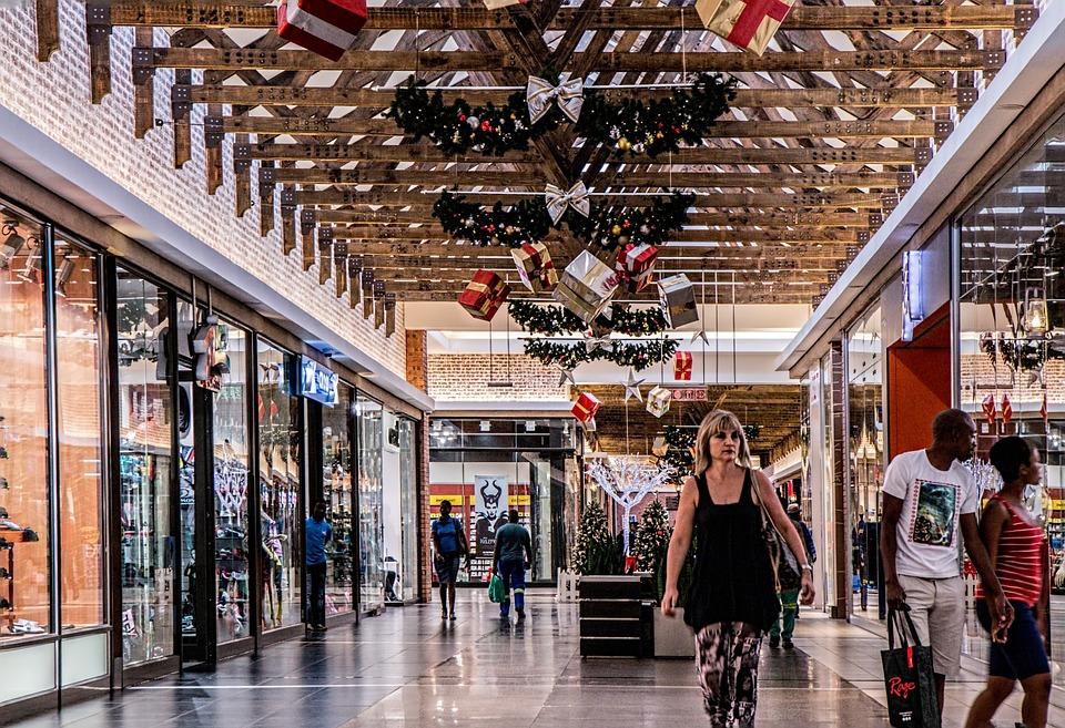 Tendenze Retail 2018: intelligenza artificiale e coinvolgimento dei dipendenti